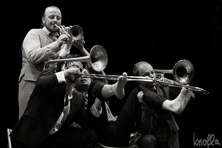 6 Mnozil Brass - Tomas Gansch, Zoltan Kiss, Leonhard Paul, Gerhard Füssl)