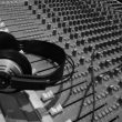 ESEJ: Glasbena industrija in rock 1960-1990